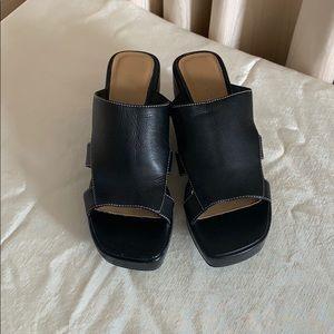 Bass sandal